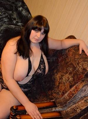 Julia85 escort